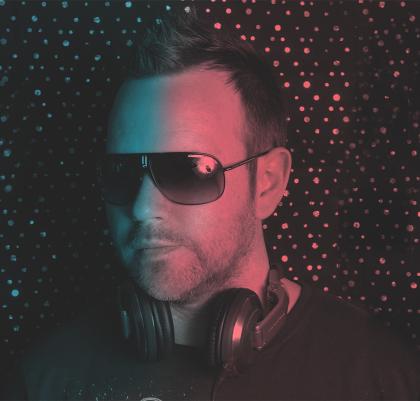 Steve Pickering aka DJ Steve More joins Superb Songs for